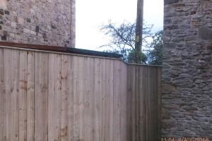 Fence-16